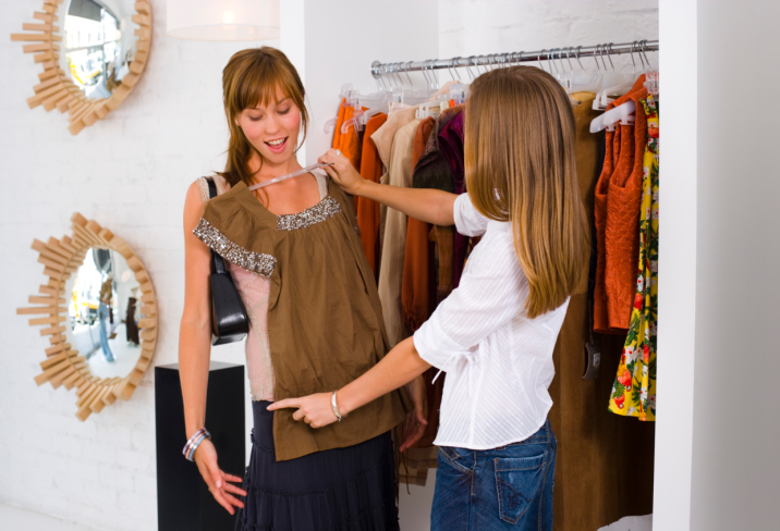 Online Clothes Shopping Assistant