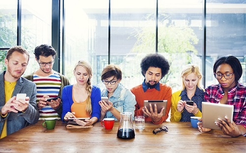 Los que más compran online: Los Millennials